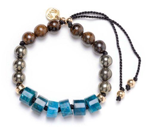 Maria Masella, bracelet, bronzite, pyrite, apatite enfilé sur un fil de soie