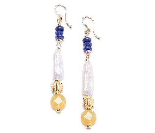 Maria Masella, boucles d'oreilles, lapis-lazuli, perles de culture d'eau douce, perles ornées en vermeil, opale jaune